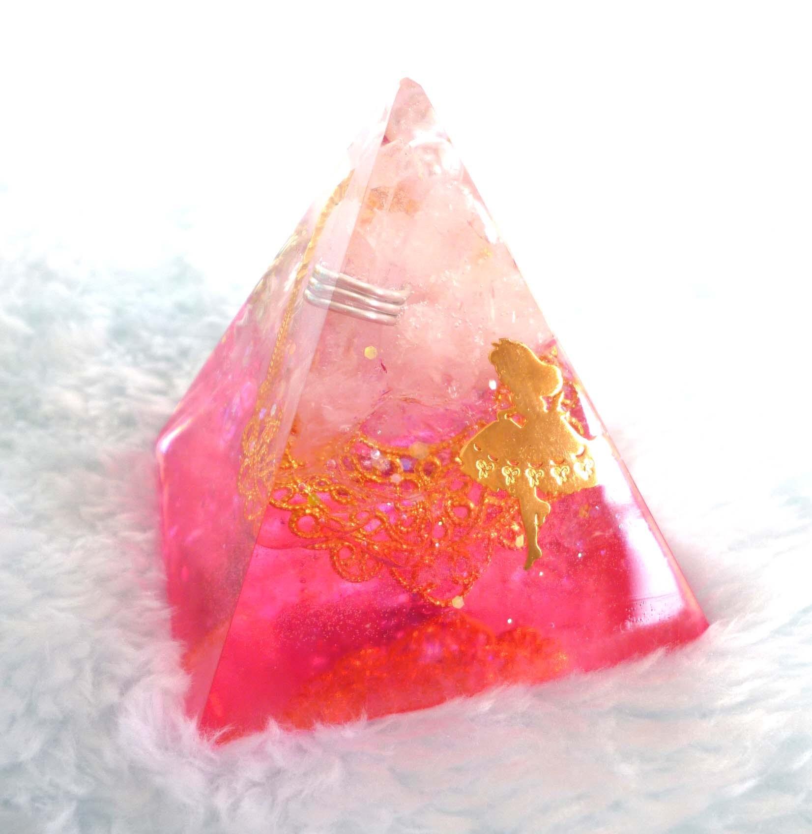 アリス・ストロベリー ピラミッド型Sオルゴナイト