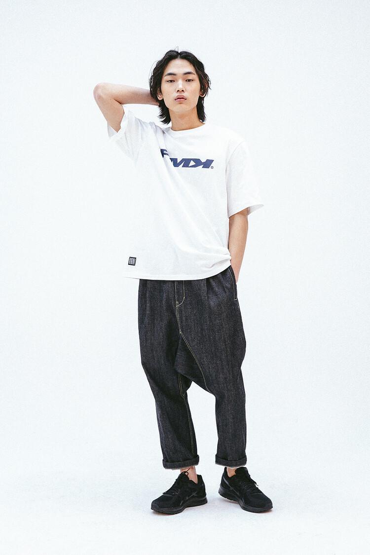 【15日まで!閉店一律SALE 】FMK LOGO T-SHIRT - WHITE