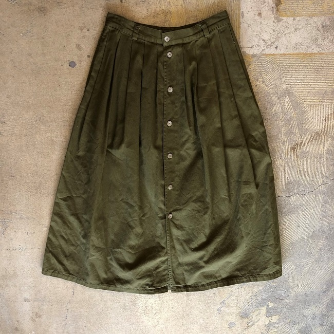 FRONT BUTTON PLEATED SKIRT #MTBT-081