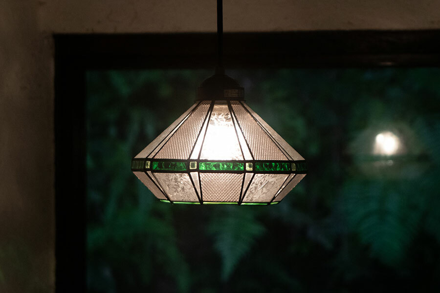 浪漫硝子‐さざ波(E26電球仕様)(ステンドグラスの吊りランプ)(ペンダントライト)01010047