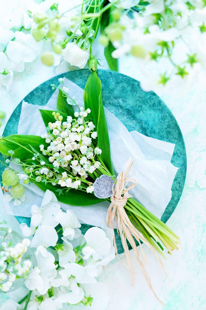 A1サイズ:すずらんグリーン「花香」を感じる5種の淡い色のスタイリングボード