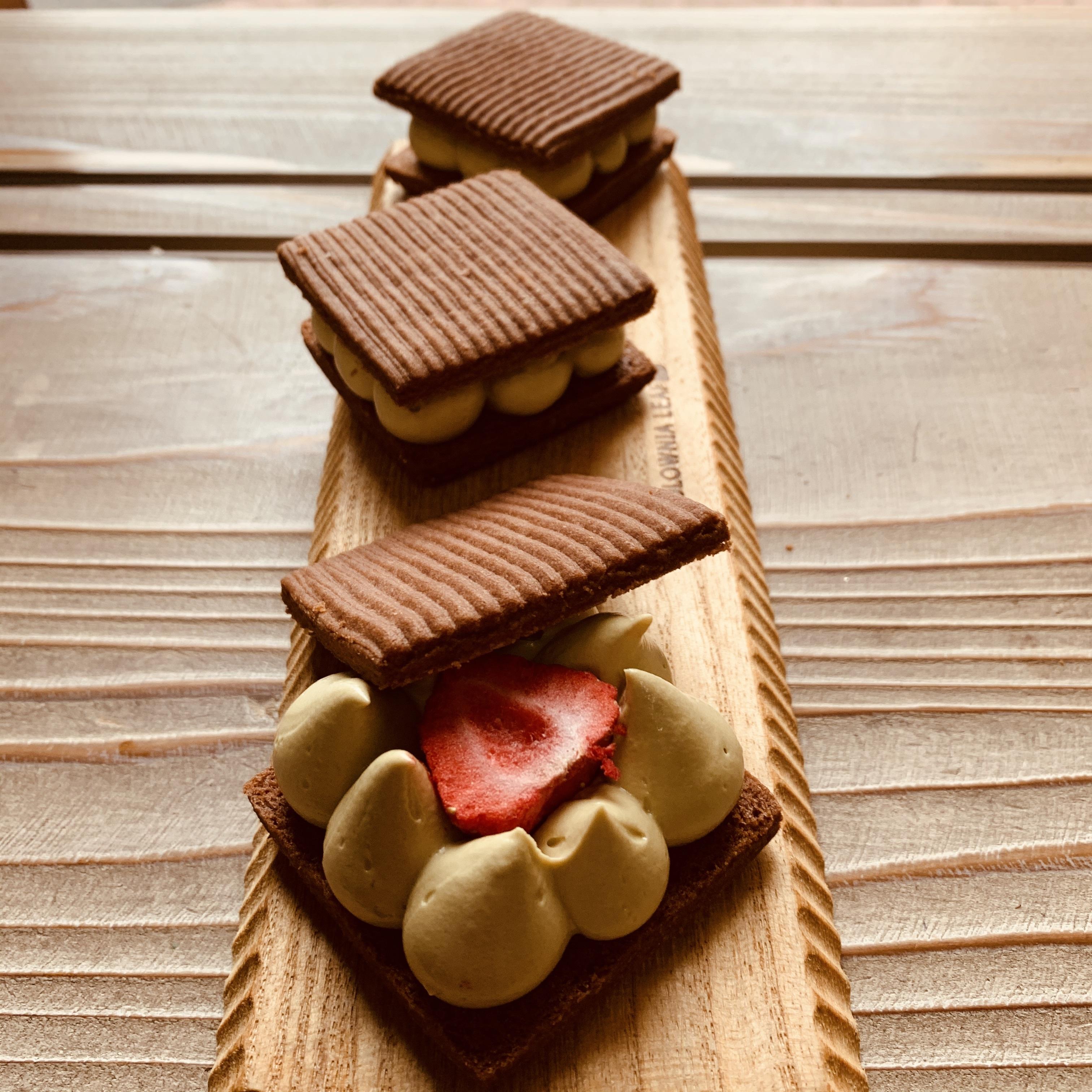 配送専用 チョコとピスタチオのバターサンド 1個