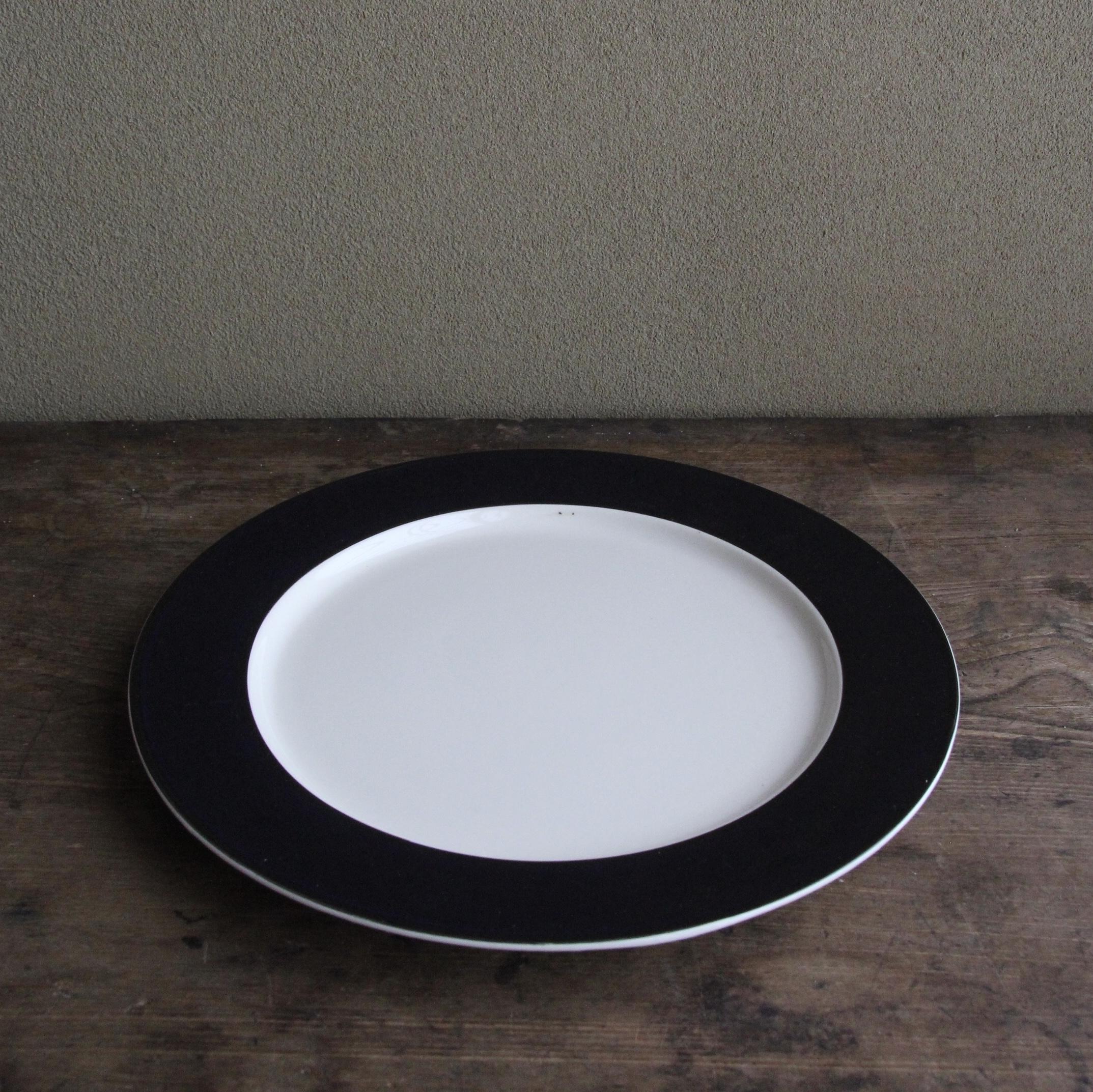 whole homeの濃紺色ストーンウェア ディナー皿 在庫3枚