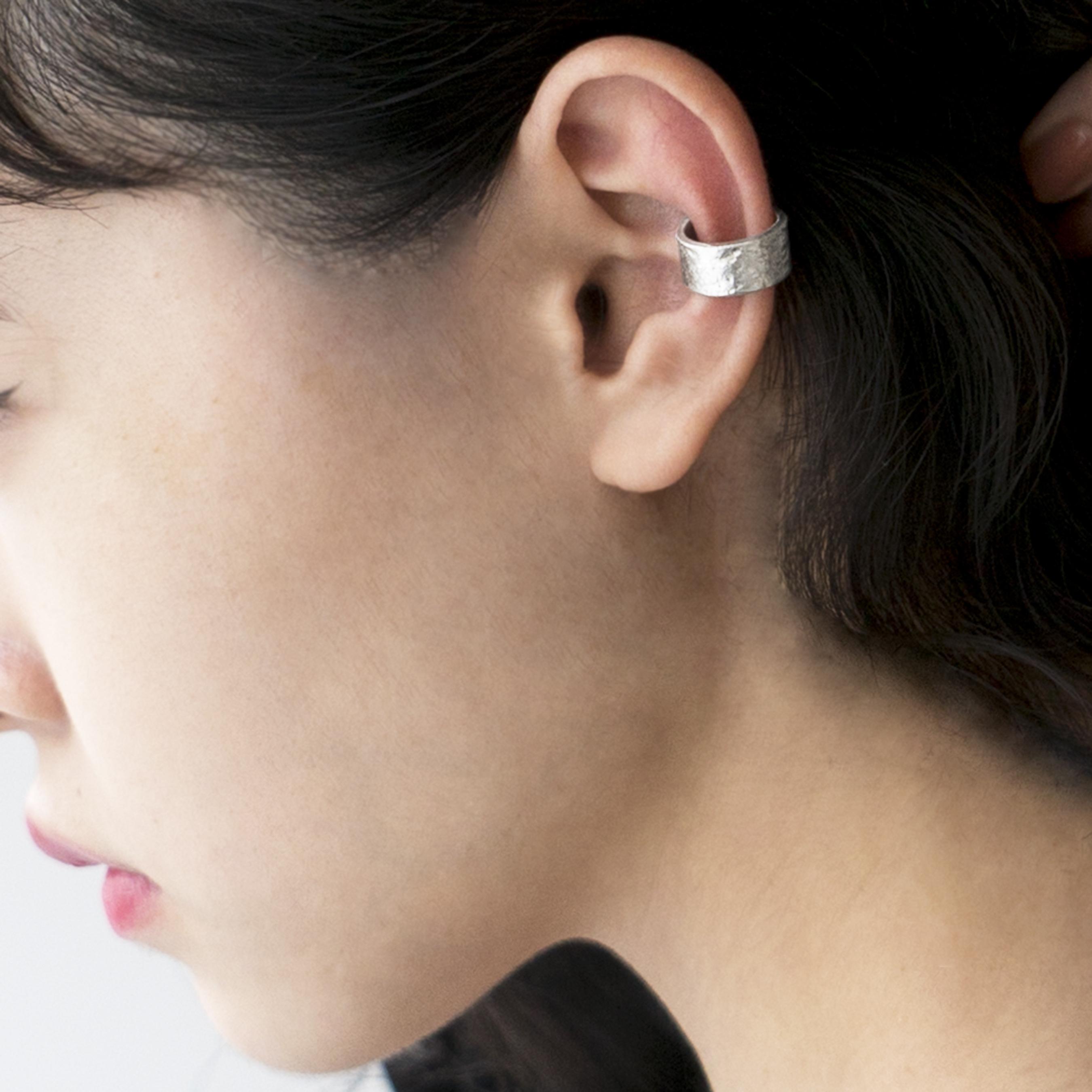 《SHOP ORIGINAL》TIN BREATH Ear cuff 7×37mm