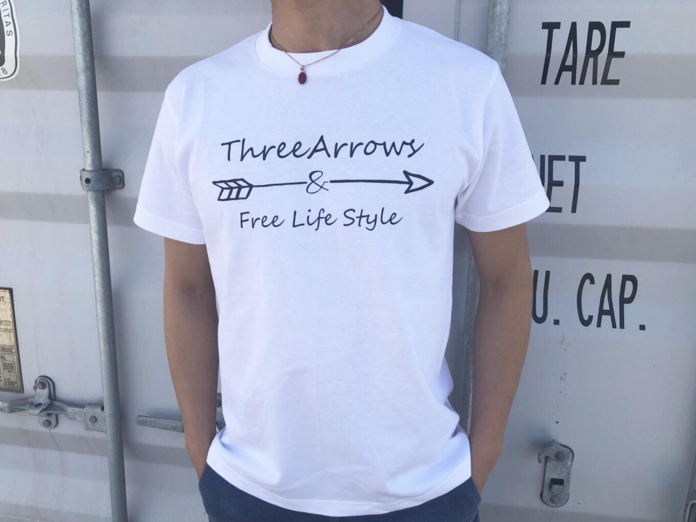 【Fine7月号掲載】ThreeArrowsロゴ Tシャツ(white)