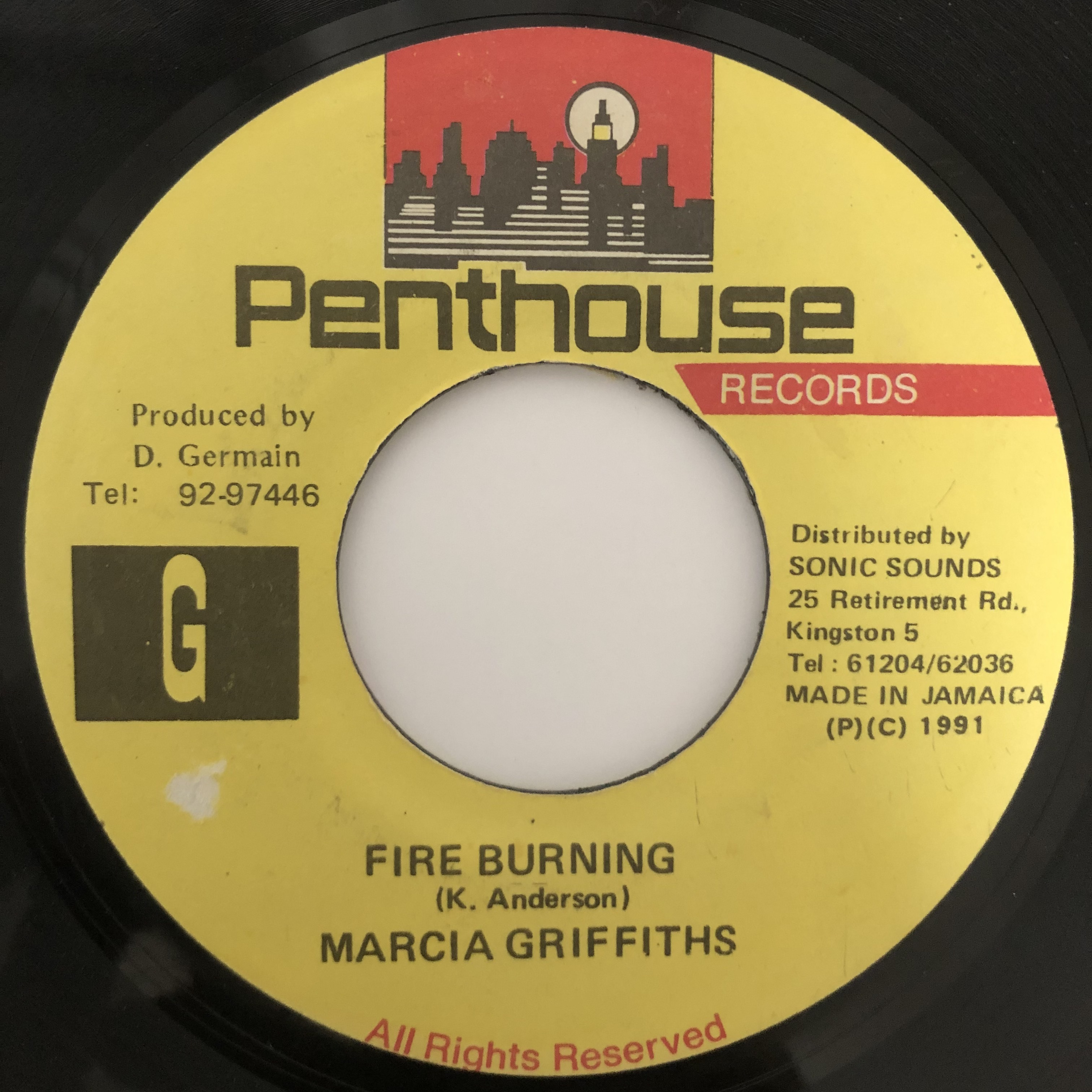 Marcia Griffiths - Fire Burning【7-20393】