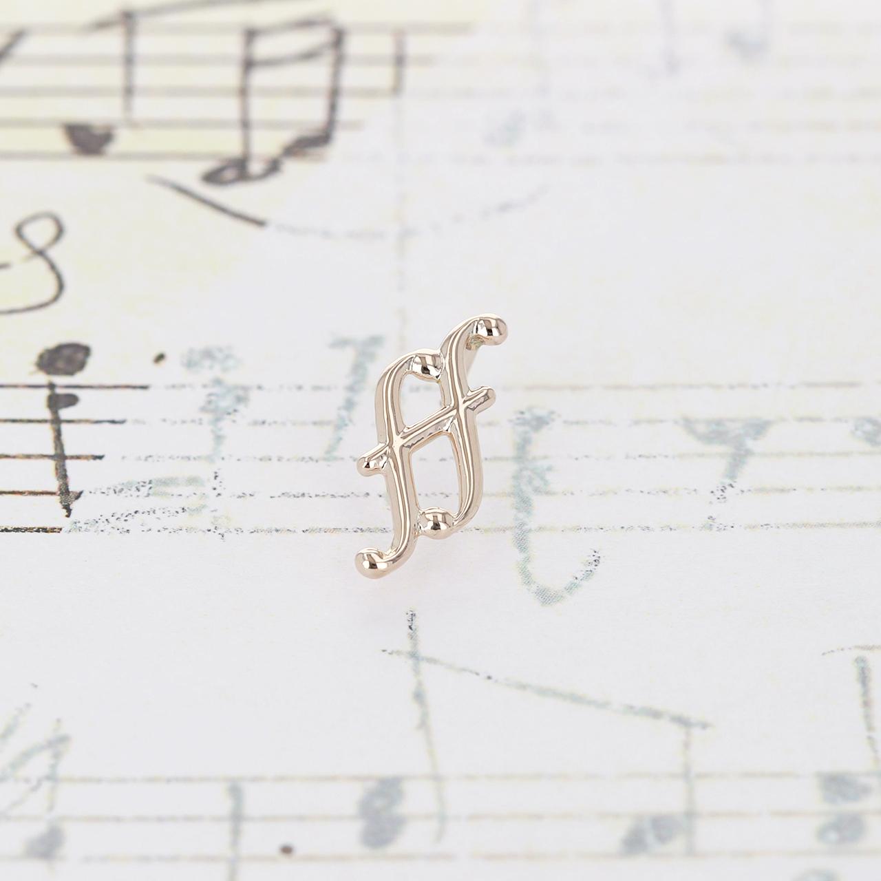 K10 / ピアス (片耳) / フォルティシモスタッドピアス