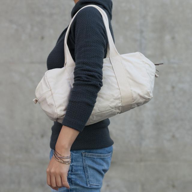 ウォッシャブル 帆布のミニボストンバッグ