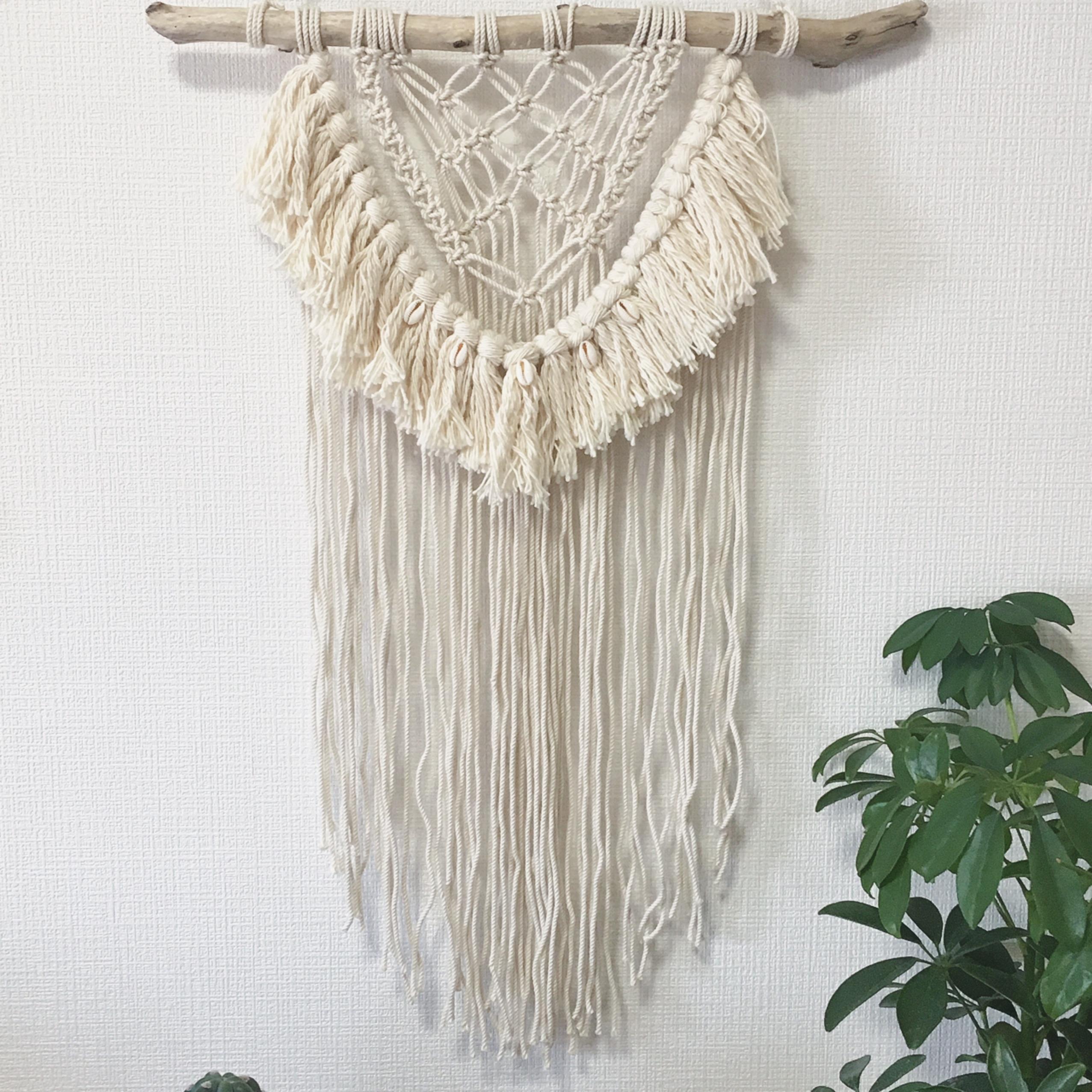 macrame tapestry - shell × fringe -