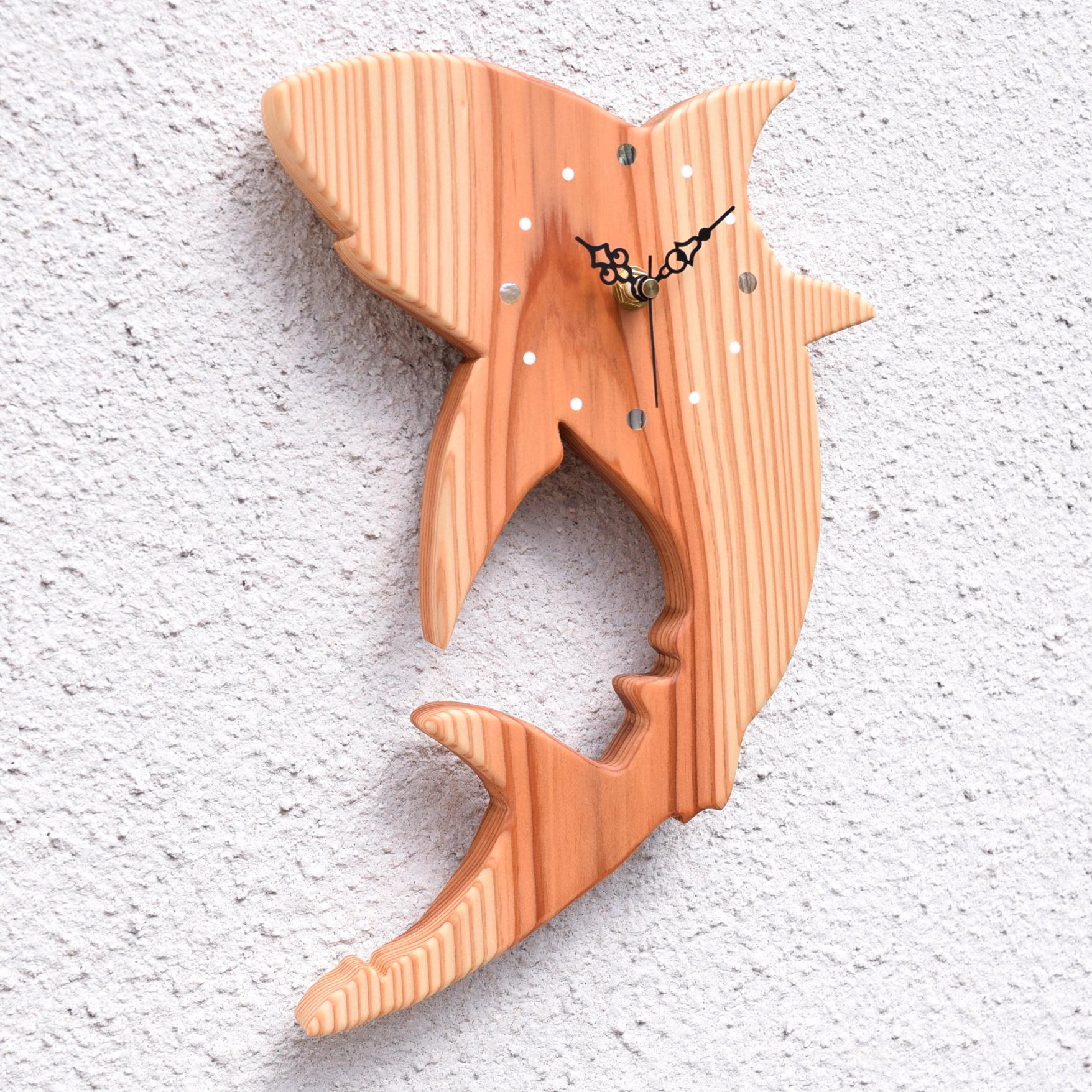 【海の生き物】掛時計『サメ』【智頭杉】