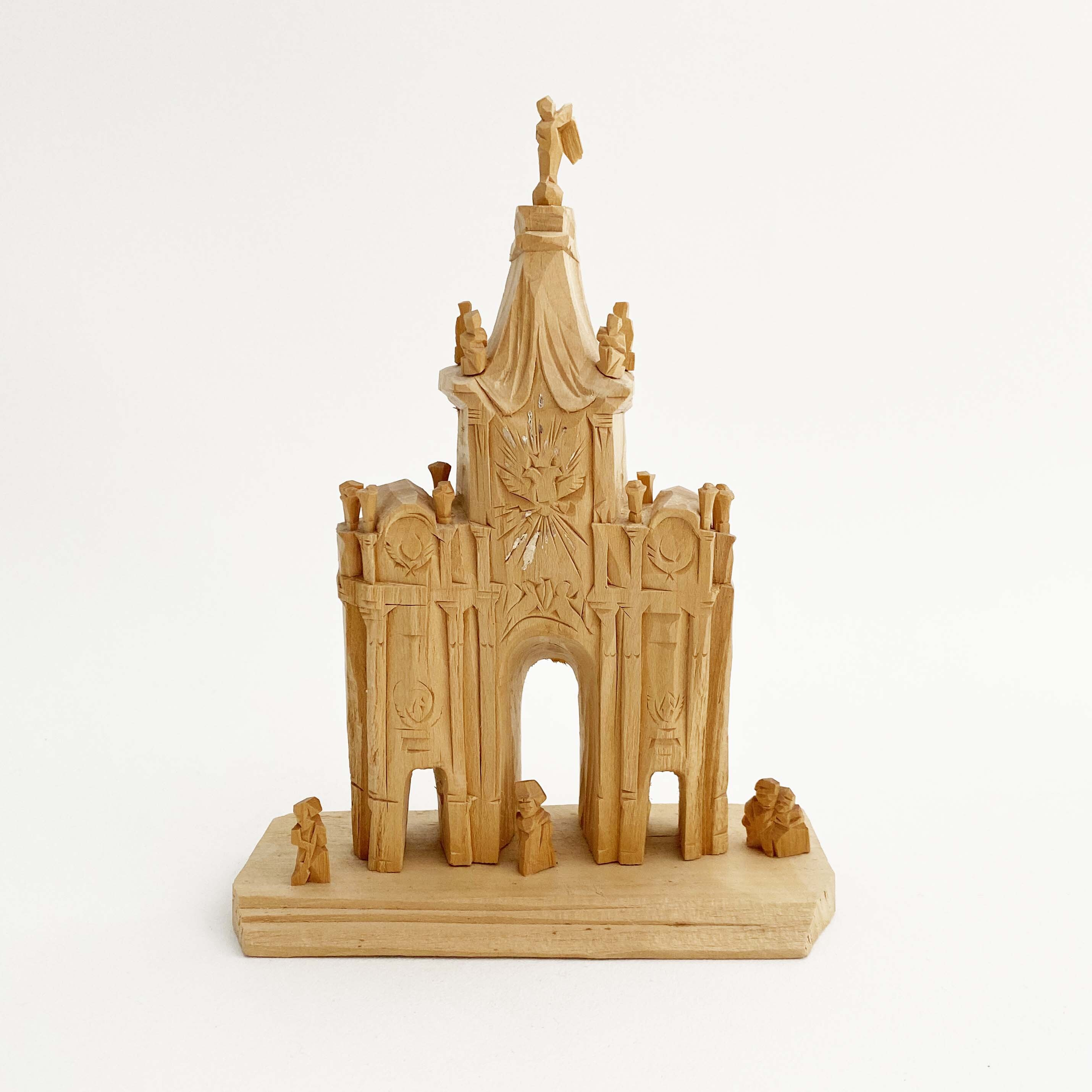 木彫のロシア正教会(アレクサンドル・バルガノフ作)