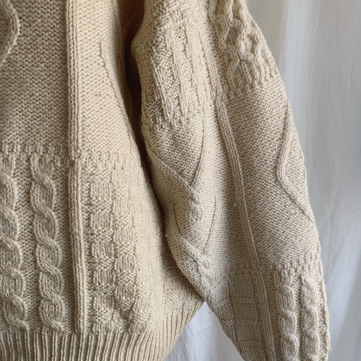 vintage aran wool knit sweater