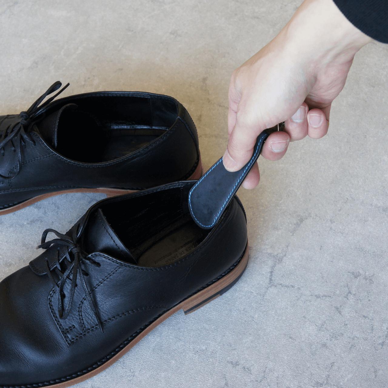 ステッチが選べる★革の靴べらキーホルダー(ネイビー)
