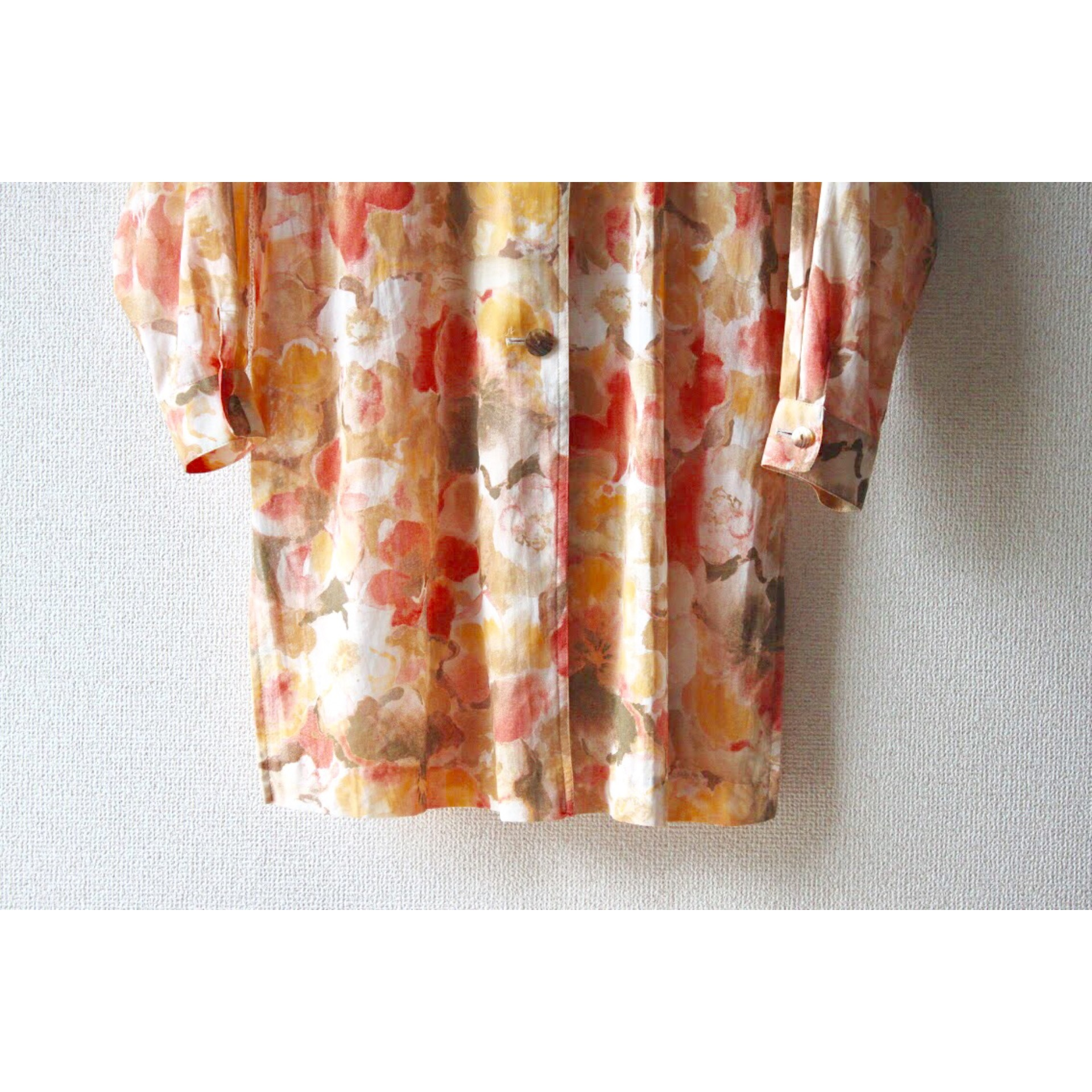 Vintage flower pattern big fit shirt