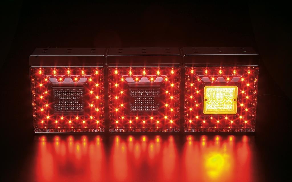 JB 角型 LEDテールランプ【3連 1台分】