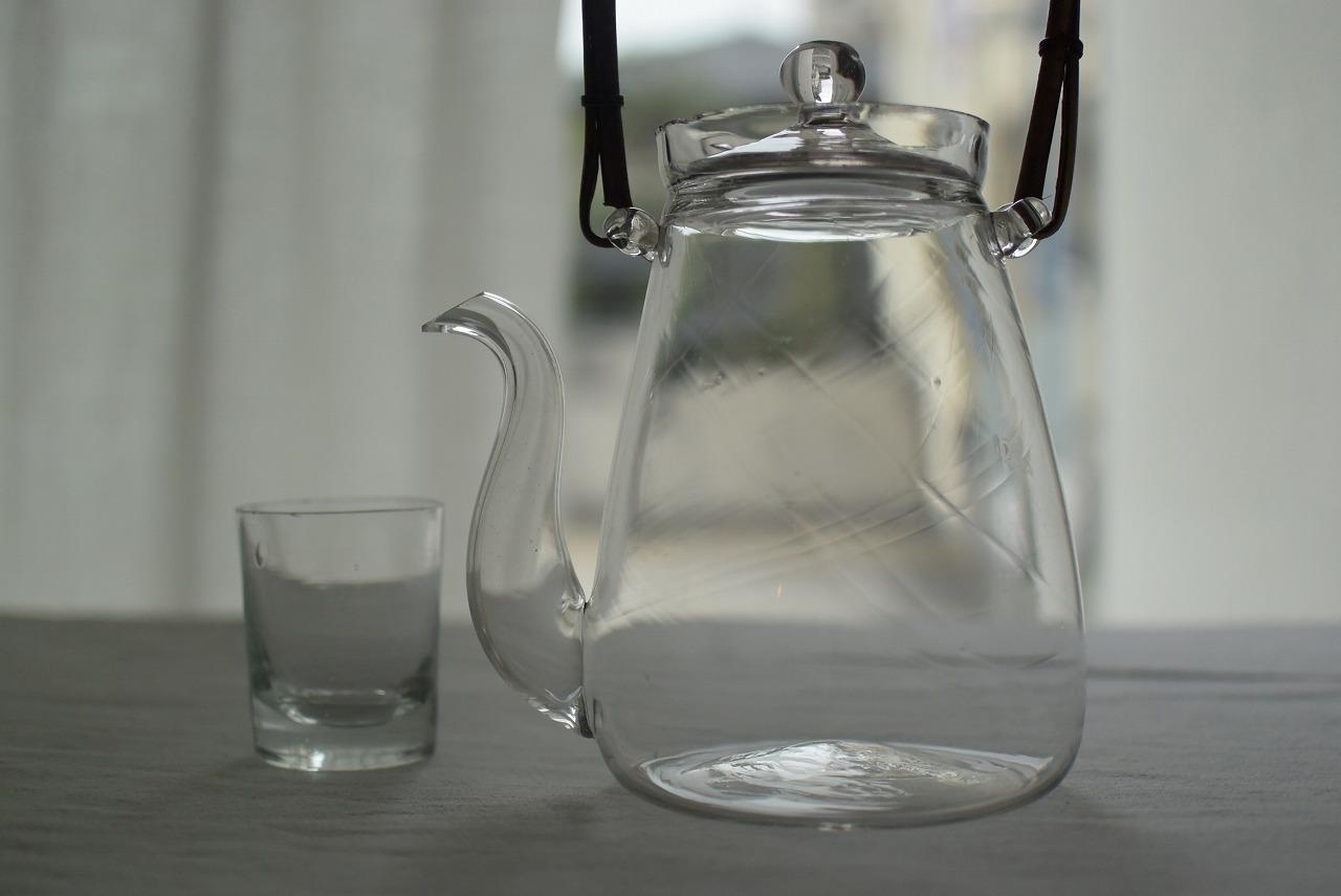 ガラスのちろりとガラスの猪口