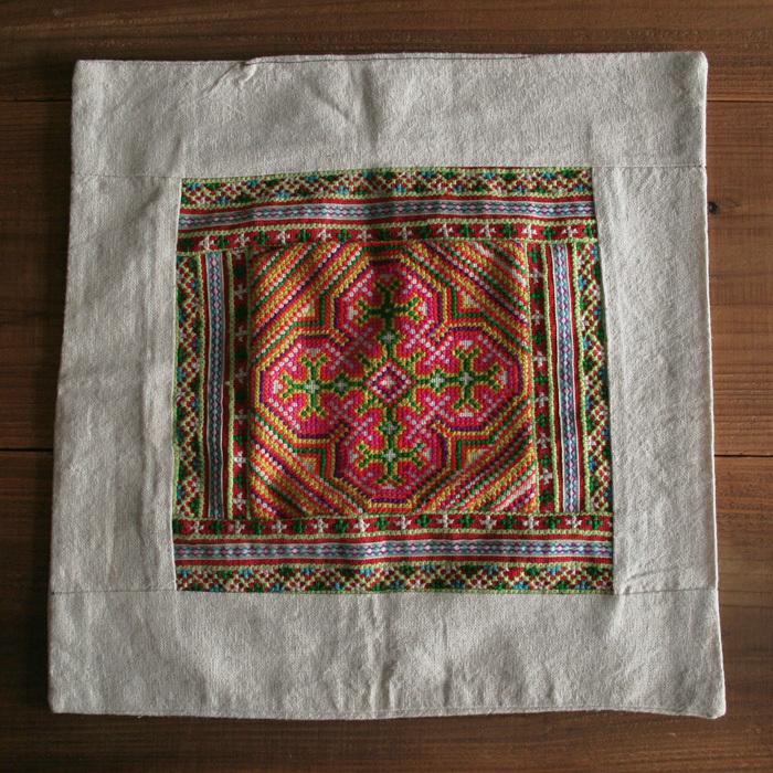 刺繍クッションカバー/132b/ モン族 / VIETNAM ベトナム