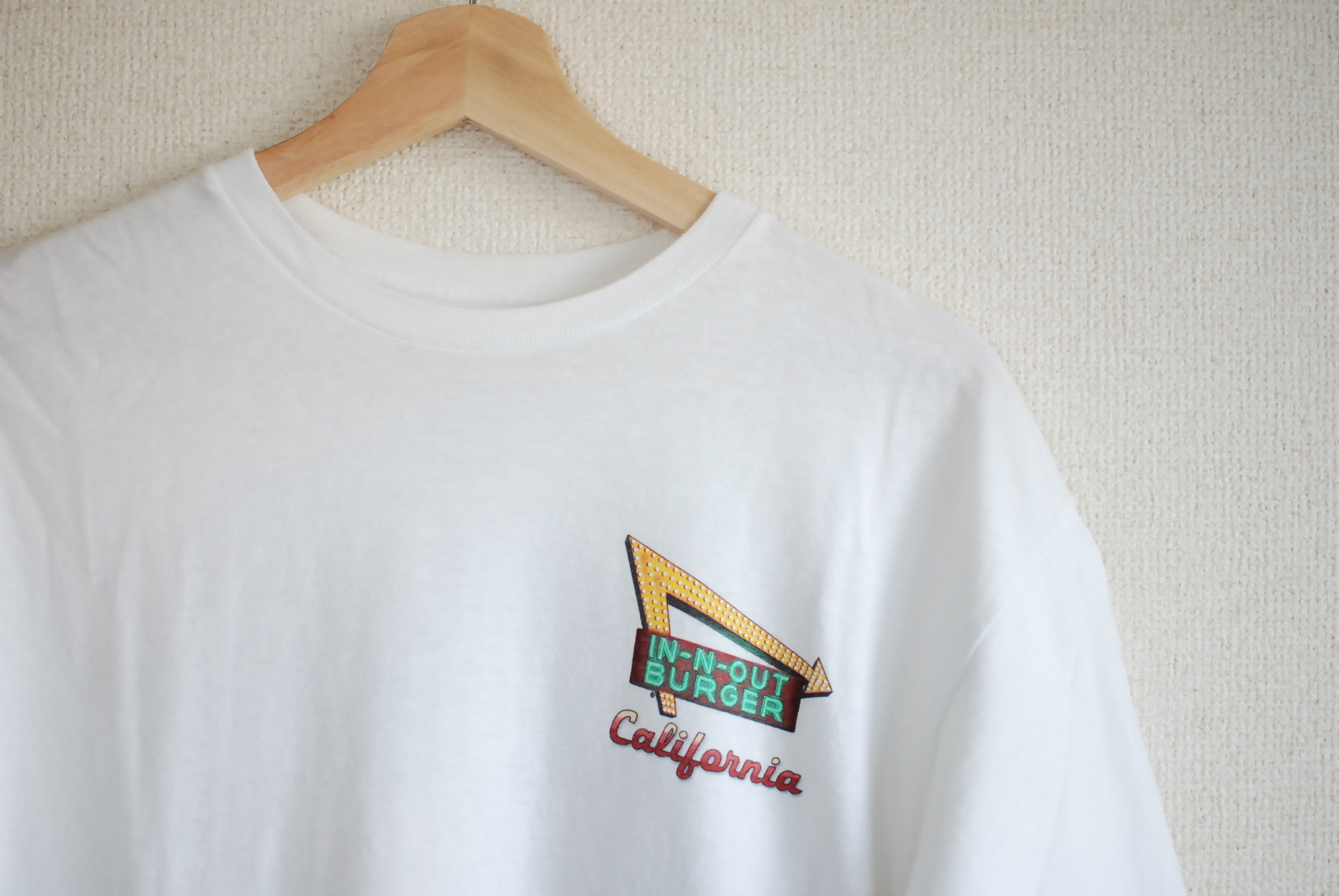 【UNISEX】USED IN-N-OUT Burger T-shirt 2017