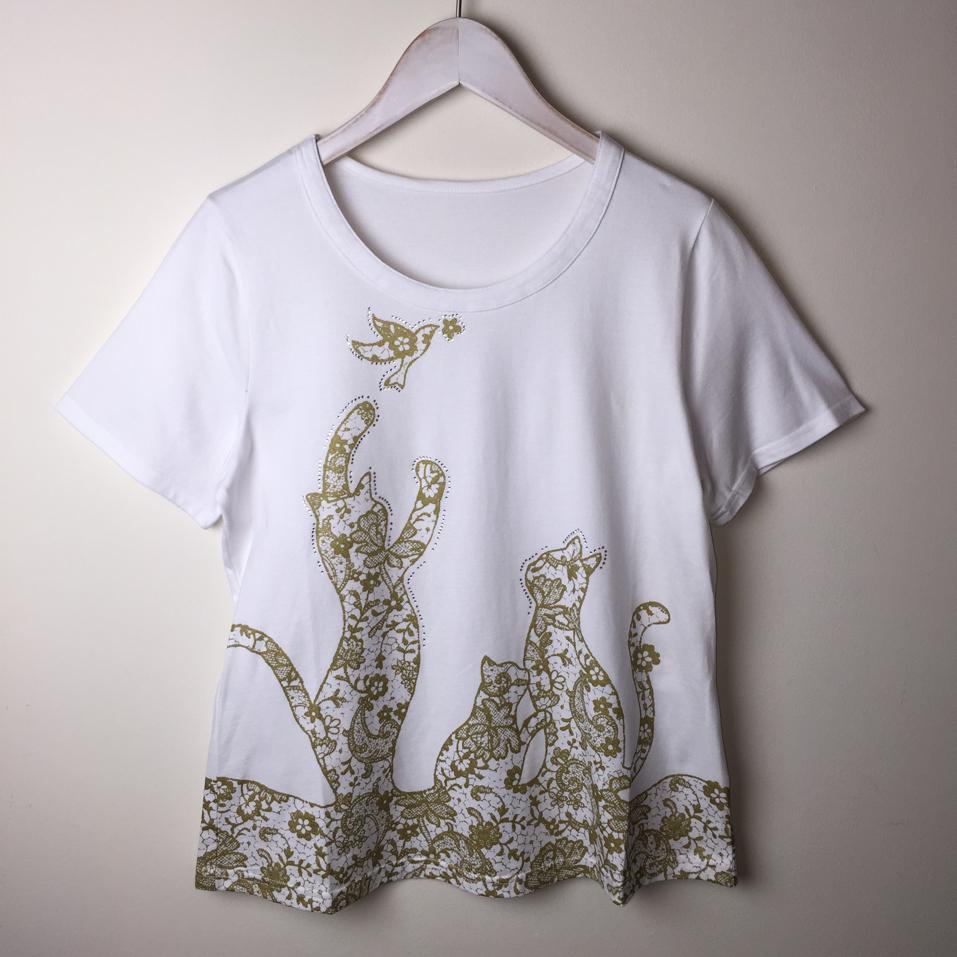 【SALE】ネコTシャツ ラインストーン刺繍プリント ホワイト【40%OFF】