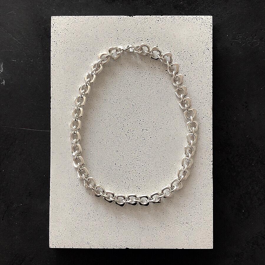 1901004 / Silver