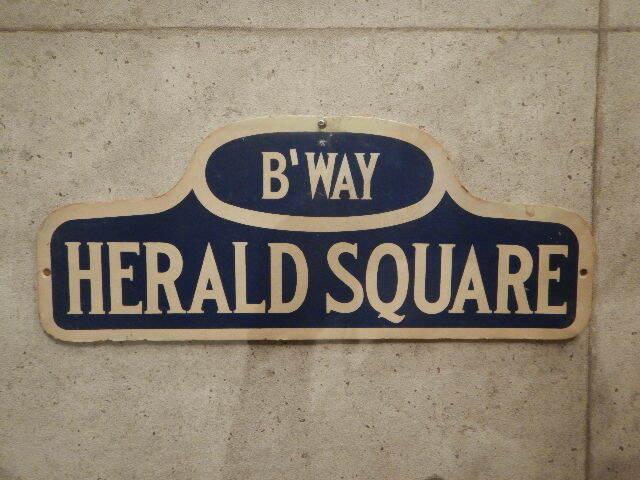 品番3234 ストリートサイン HERALD SQUARE 011