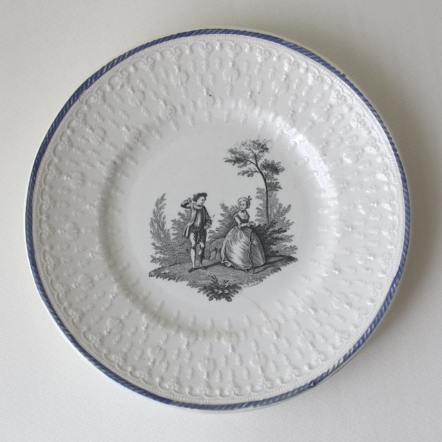 CREIL ET MONTEREAU dessert plate・b / uv0002