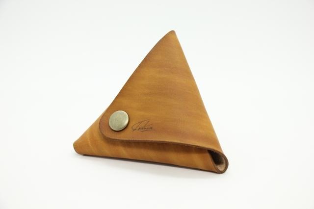 美しい三角コインケース(木目)