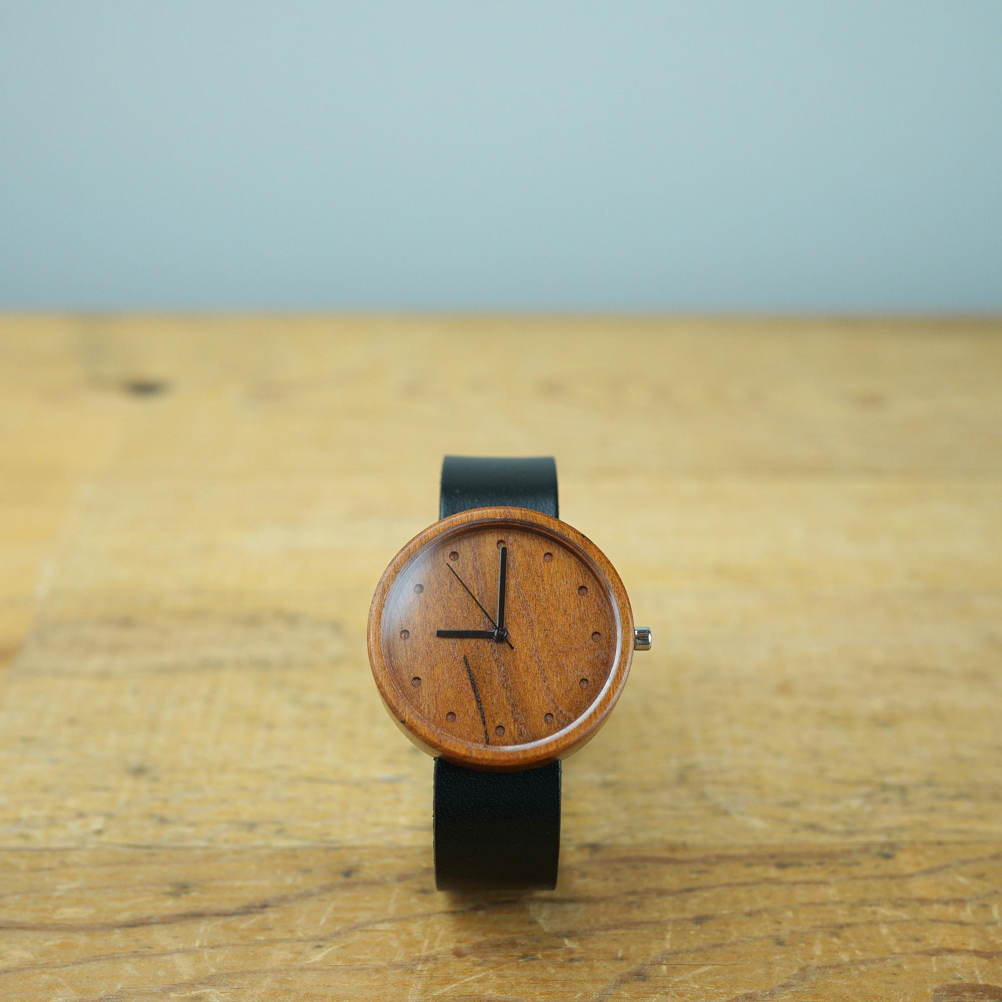 Cherry wood - Organic leather - L
