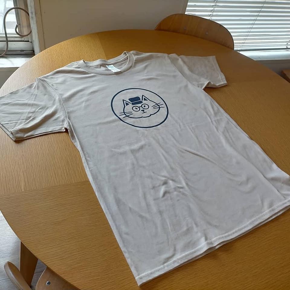 オリジナルTシャツ「あおねこの紅茶」サンド