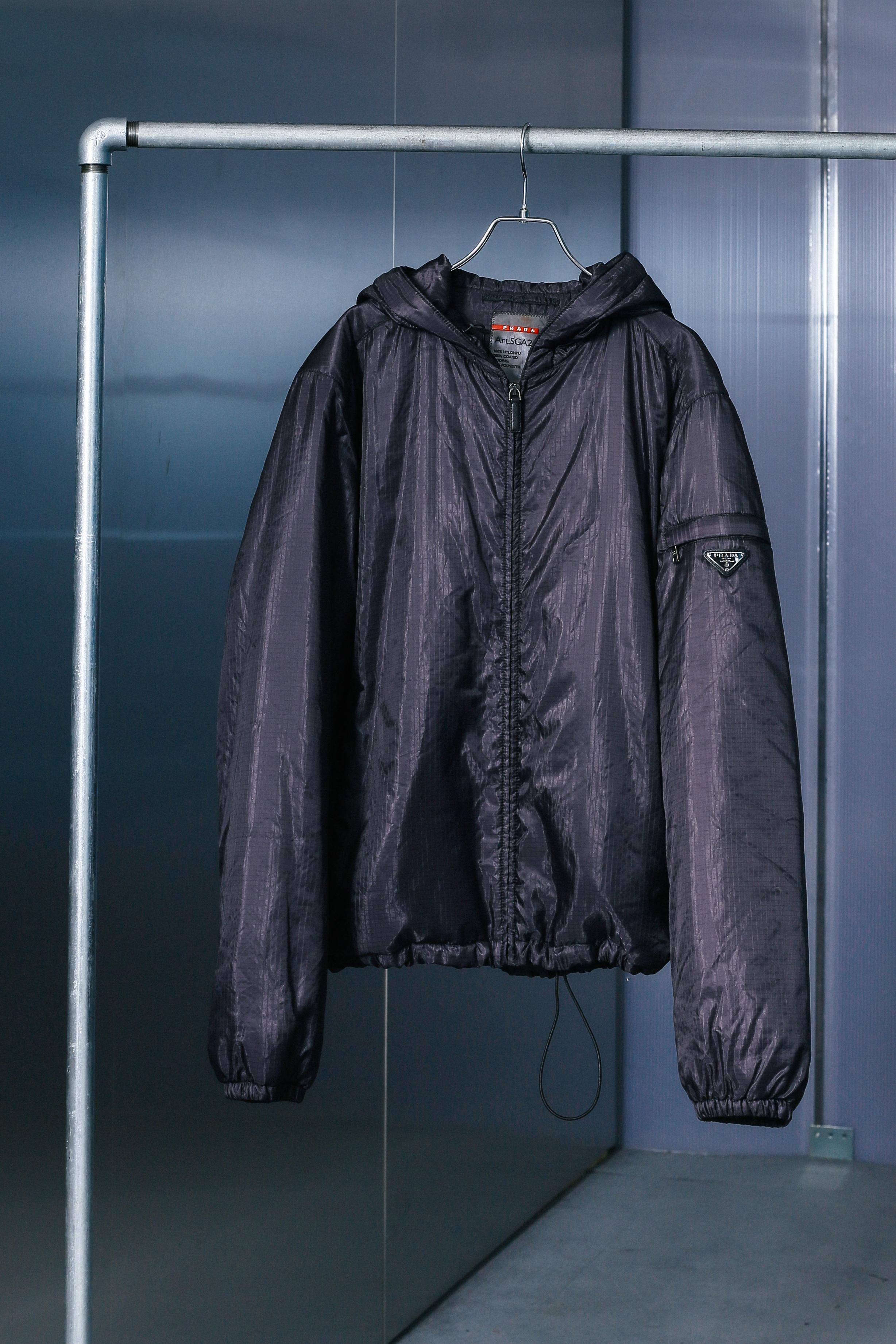 "00's ""PRADA"" Short Puff Jacket"
