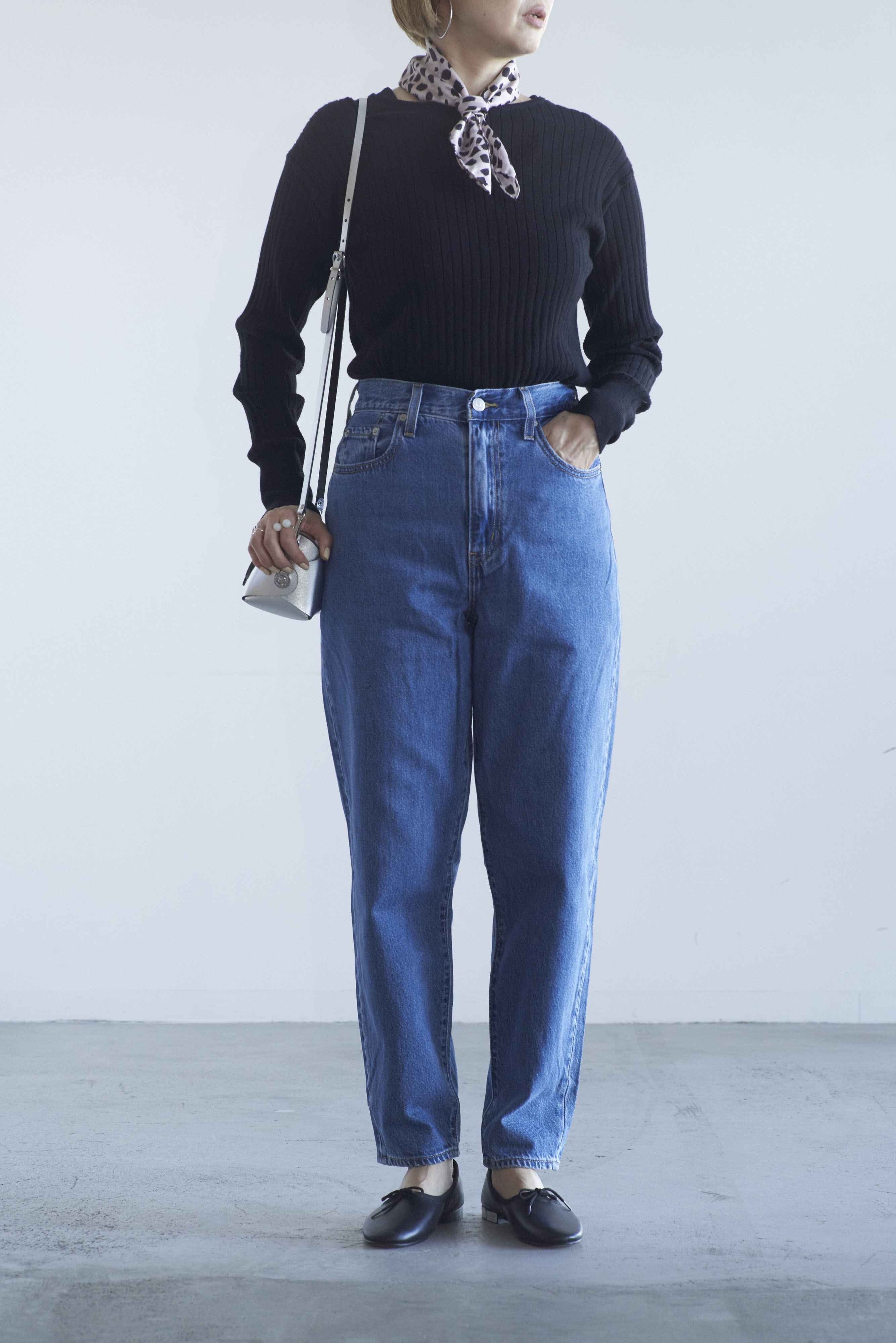 Levi's HIGH LOOSE TAPER HOLD MY PURSE