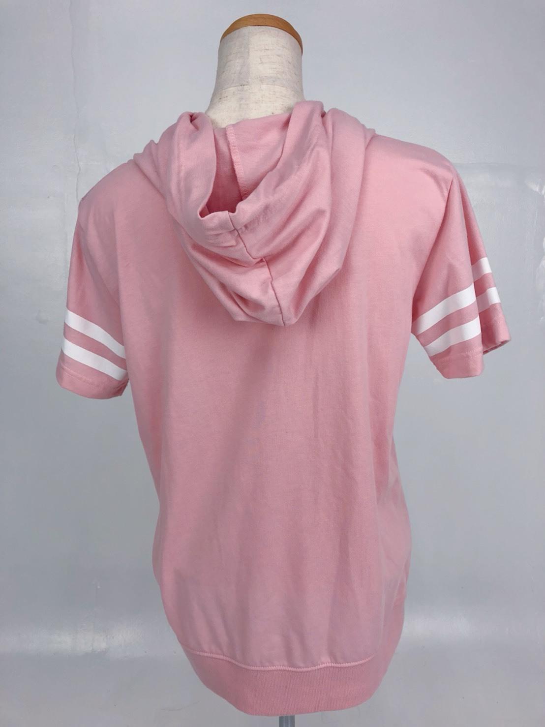 【古着】半袖ロゴ入りピンクパーカー
