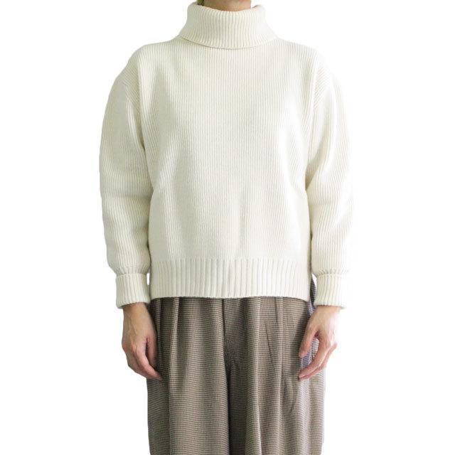 COMM.ARCH  コム・アーチ     HAND FRAMED   HIGH  NECK P/O タートルネックセーター