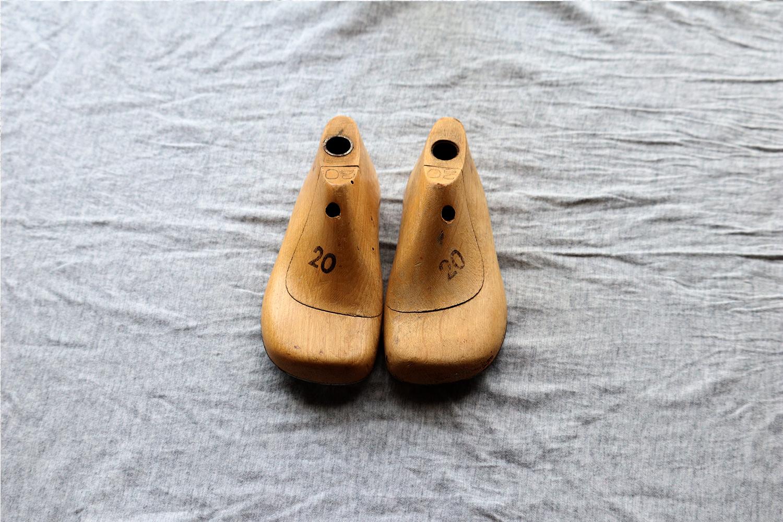 【ドイツ】子供の木製の靴型