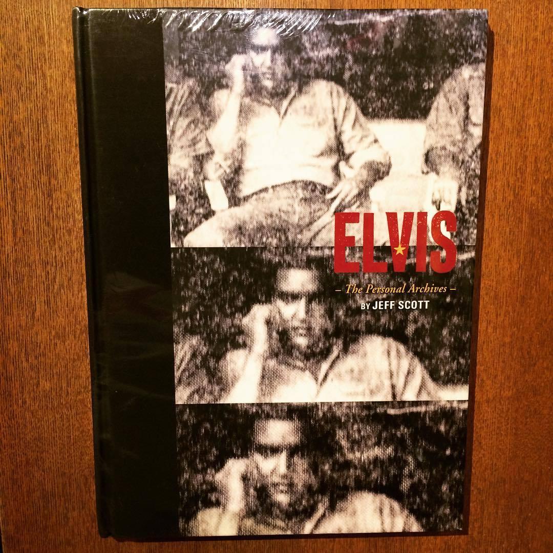 エルヴィス・プレスリーの私物写真集「Elvis: The Personal Archives」 - 画像1