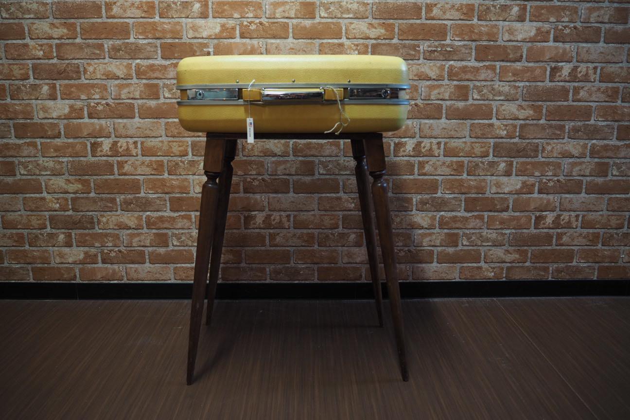 品番0322 トランクケースを使ったテーブル