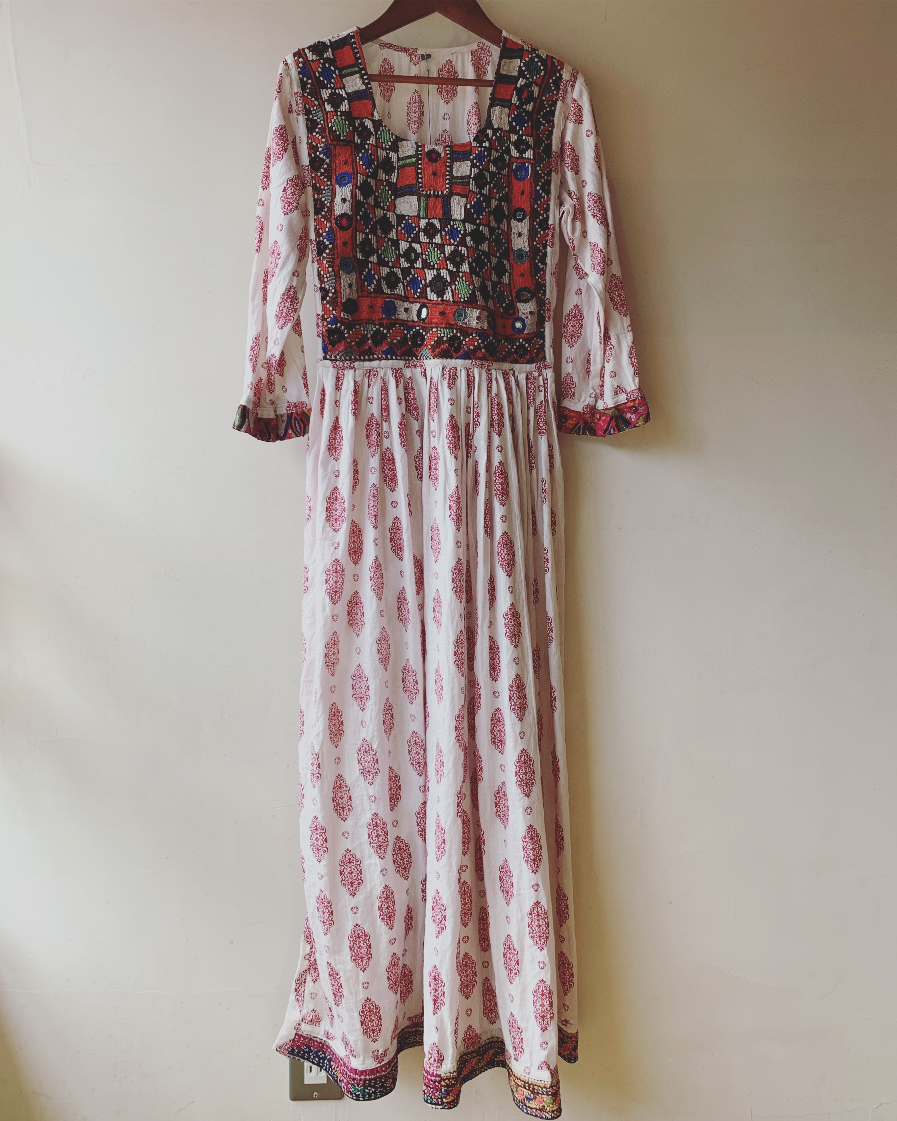 vintage enbroidery indian cotton onepiece