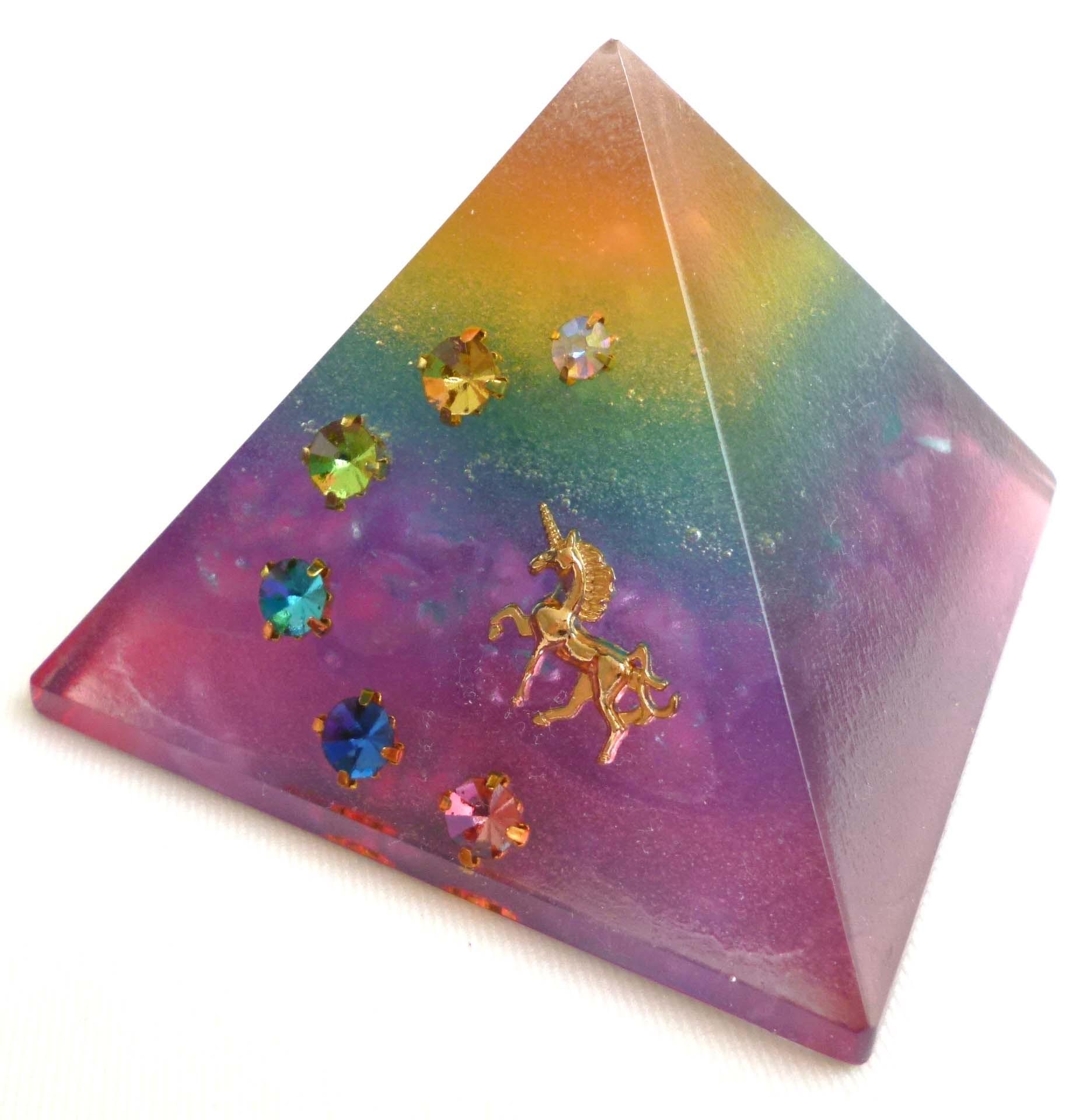 レインボーミスト ピラミッド型オルゴナイト