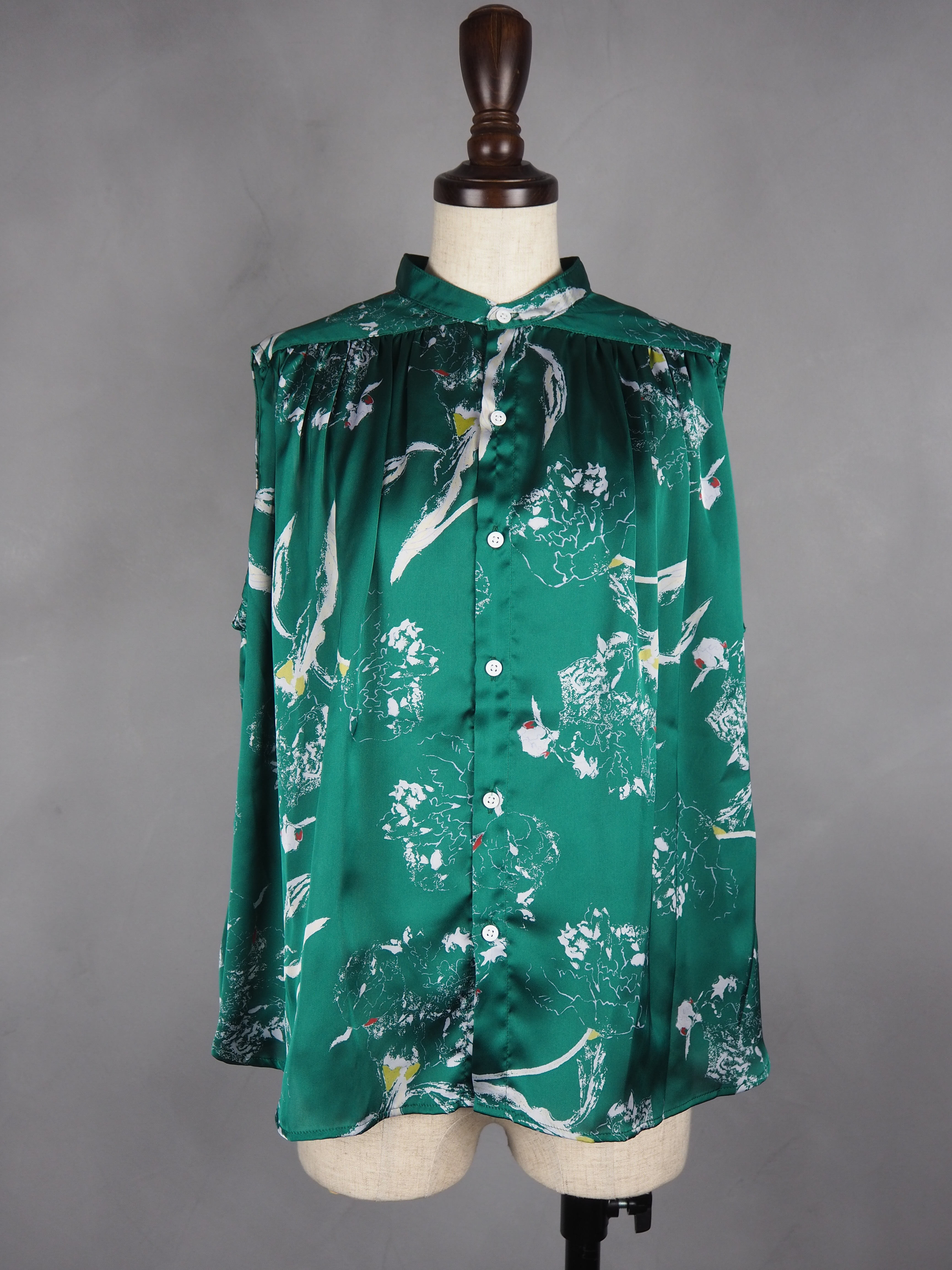 【MANON】DRAWING FLOWER NO SLEEVE BLOUSE