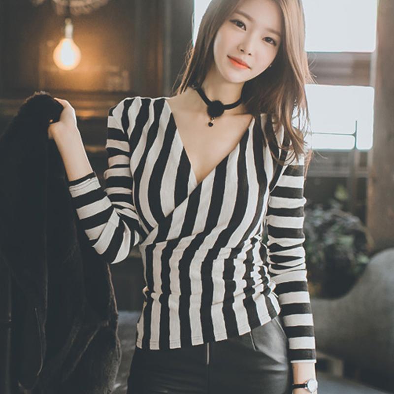 【トップス】ファッション透かし彫り無地Tシャツ・ポーロシャツ24918417