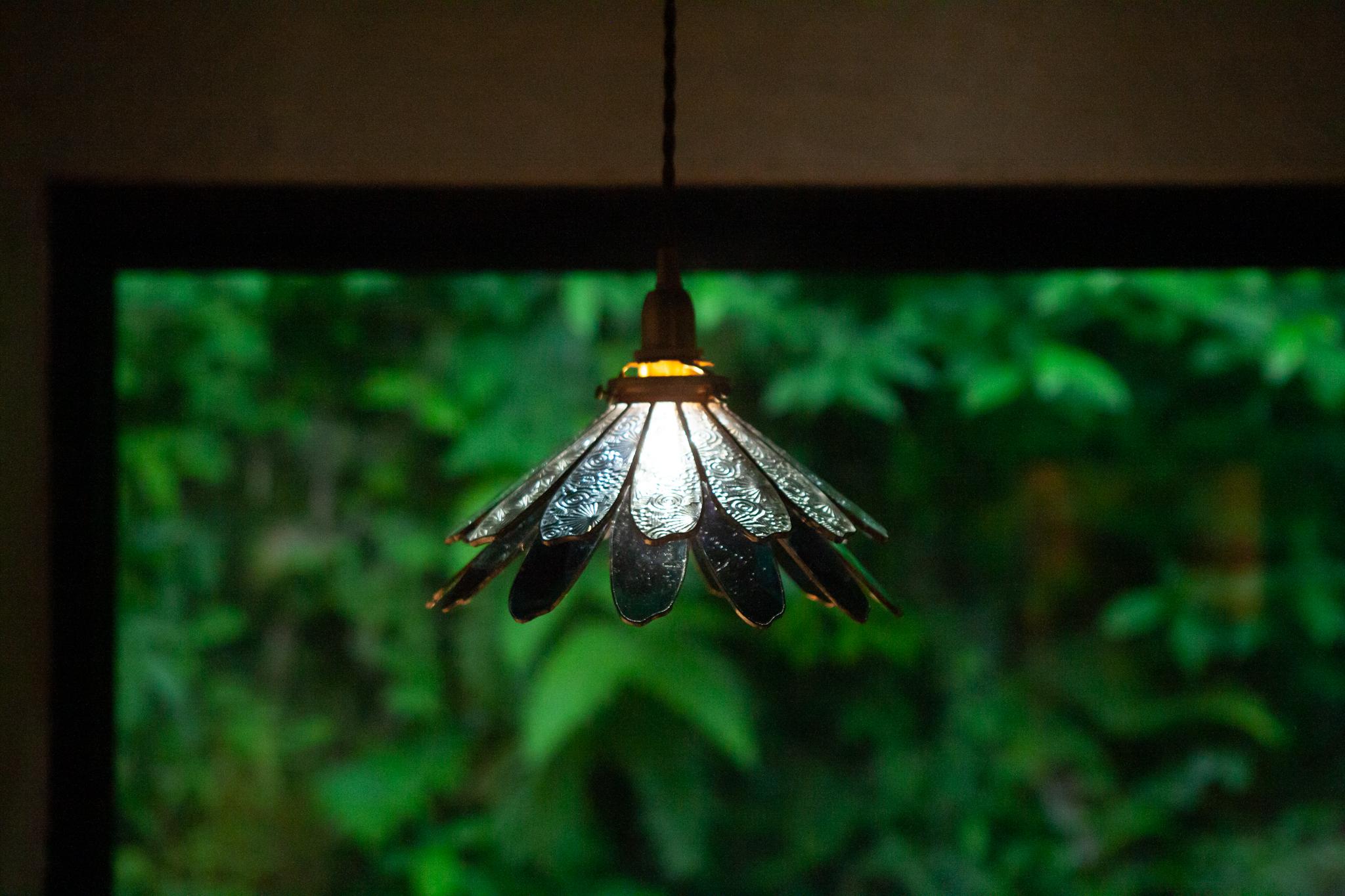 青い影(ステンドグラスの吊りランプ)(ペンダントライト) 01010057