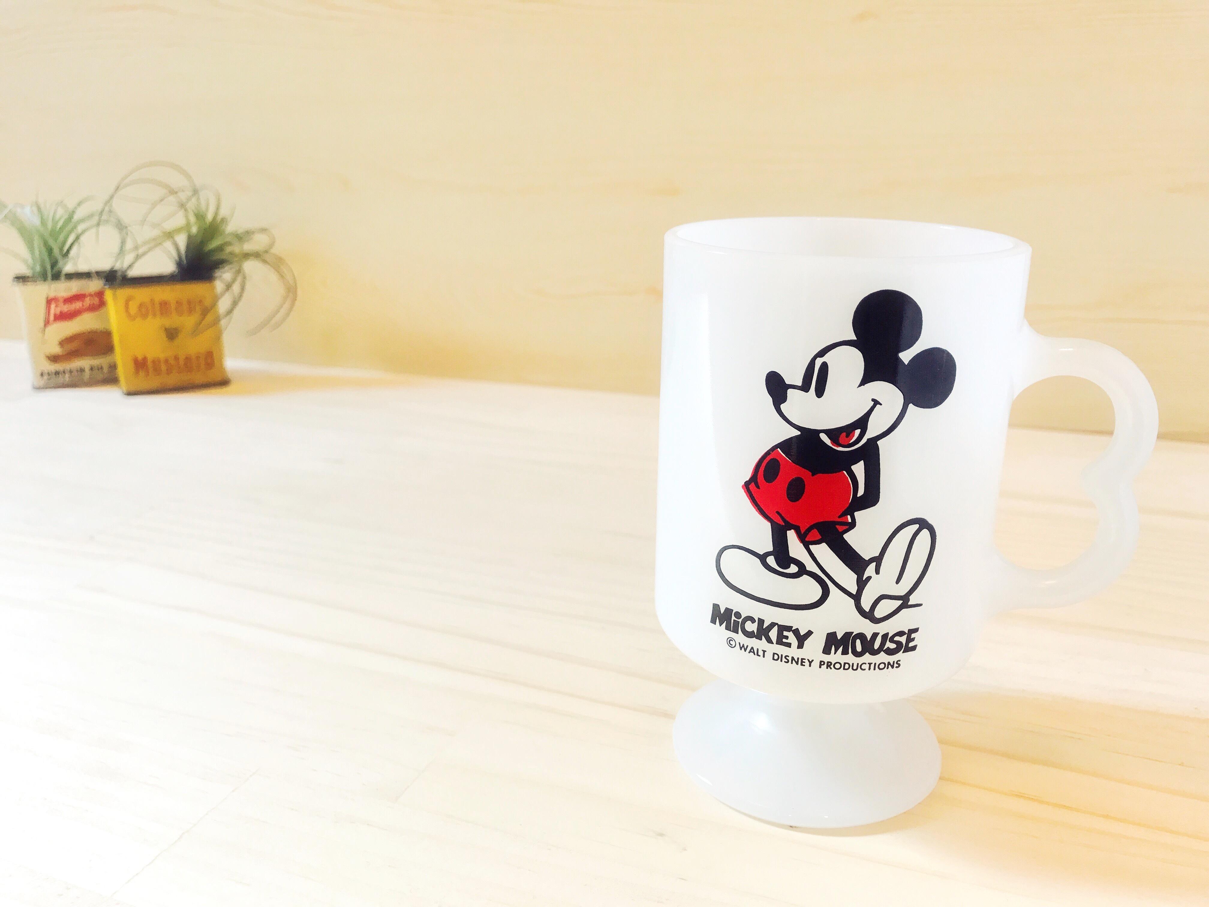 [FEDERAL] ディズニー ミッキーマウス 足つきマグ ミルクガラス