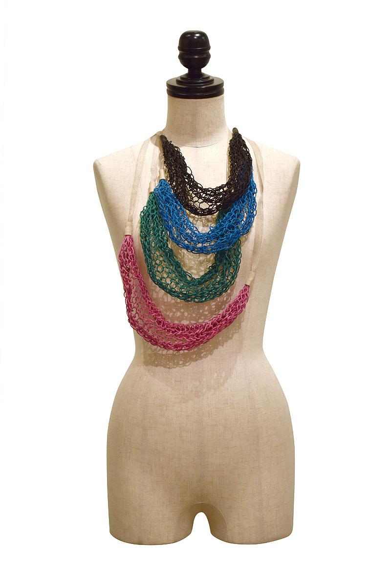 21% / hemp knit necklace
