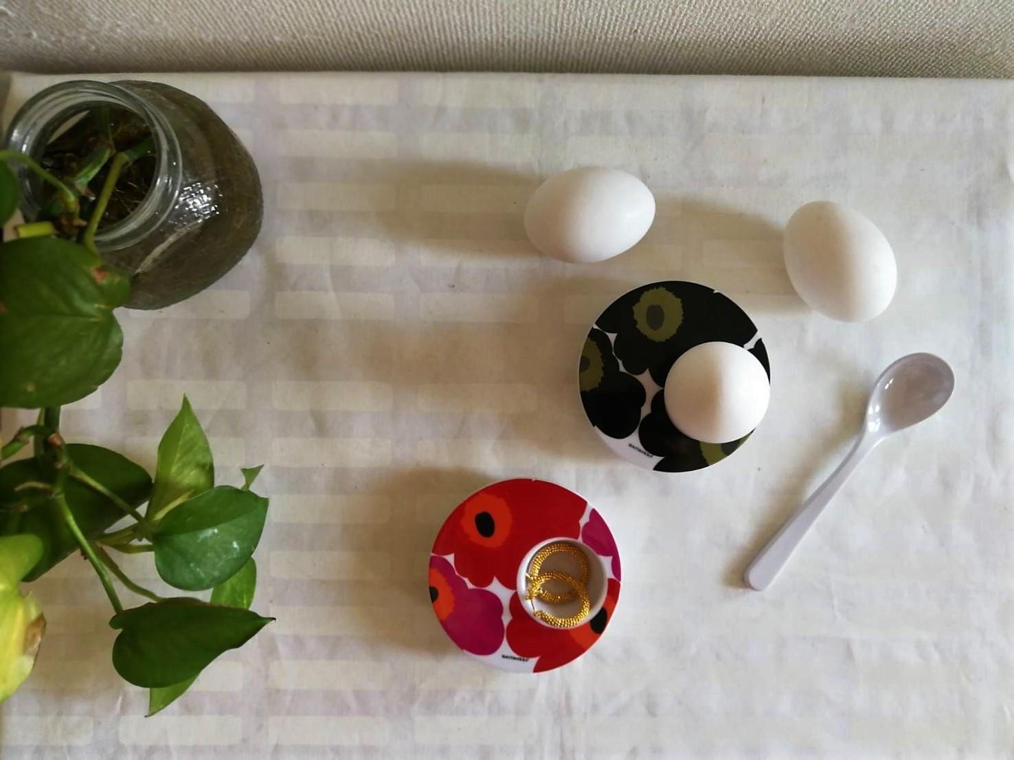 [現地限定:廃盤] エッグカップ・スプーン付 / マリメッコxzak! /ウニッコ BK