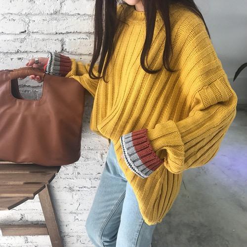 ボトミングセーター