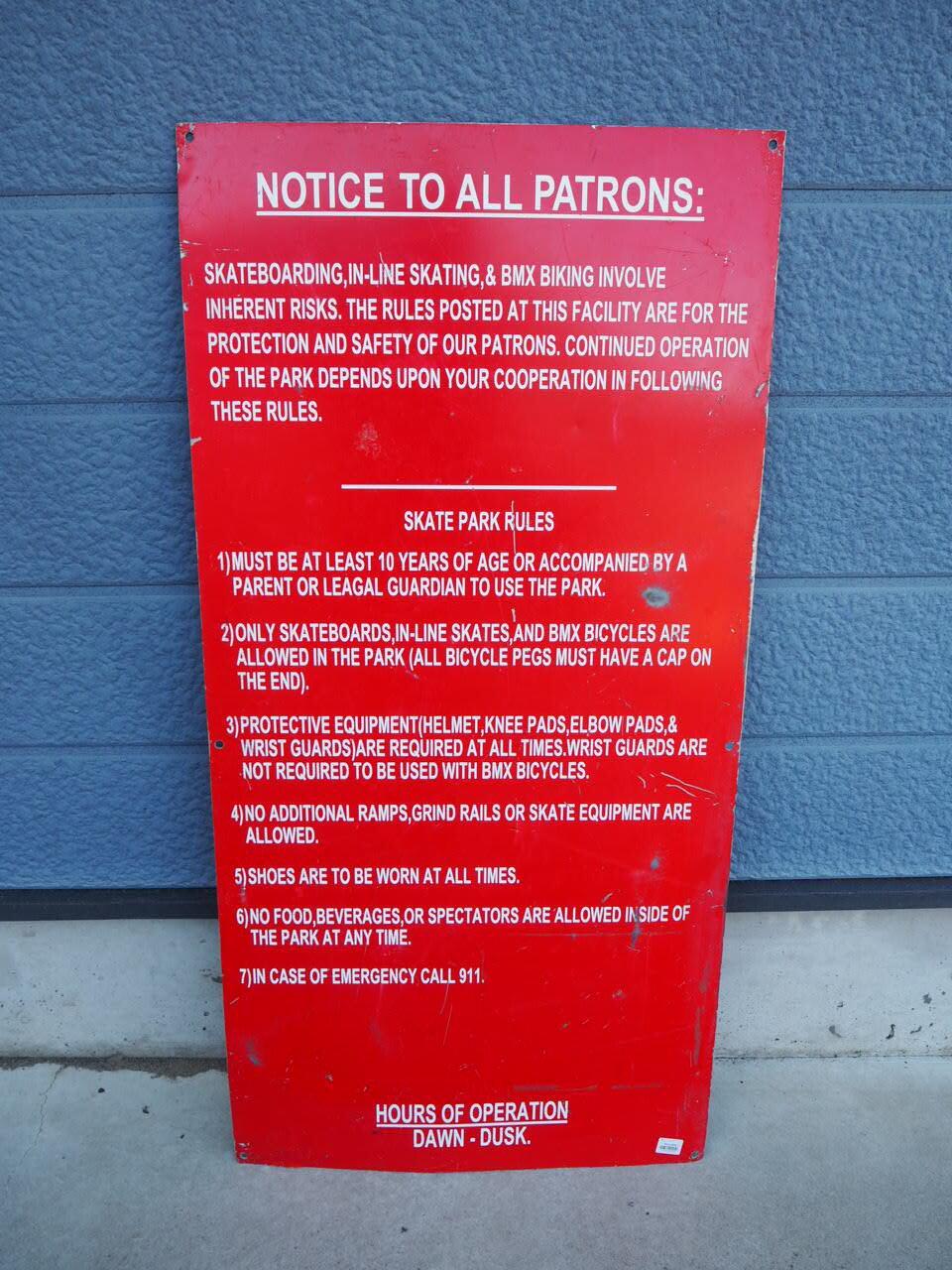 品番0150 スケートパーク NOTICE TO ALL PATRONS 警告 & 安全サイン 看板 プレート アルミ製 アメリカン ヴィンテージ 雑貨