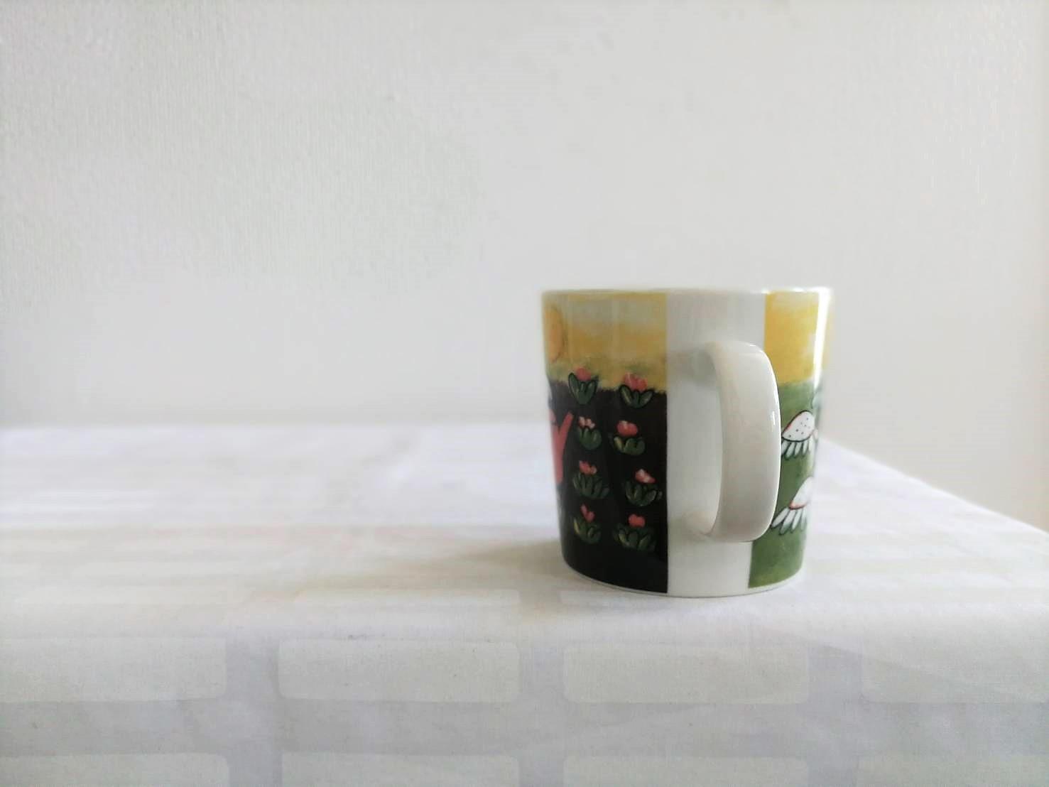 [廃盤] マグカップ / アラビア / お花畑とうさぎ / ヘルヤ