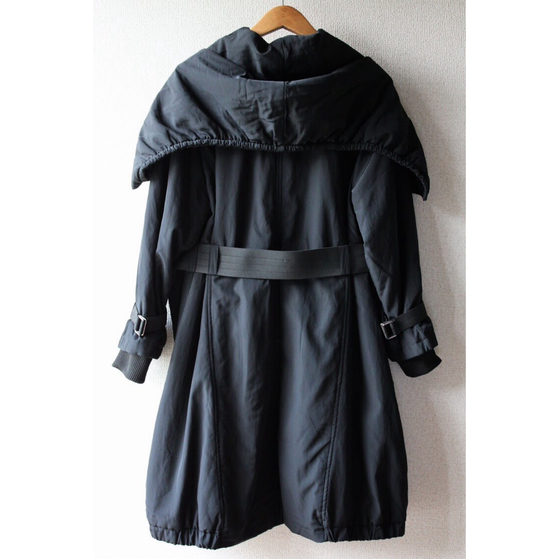 Vintage design full zip coat