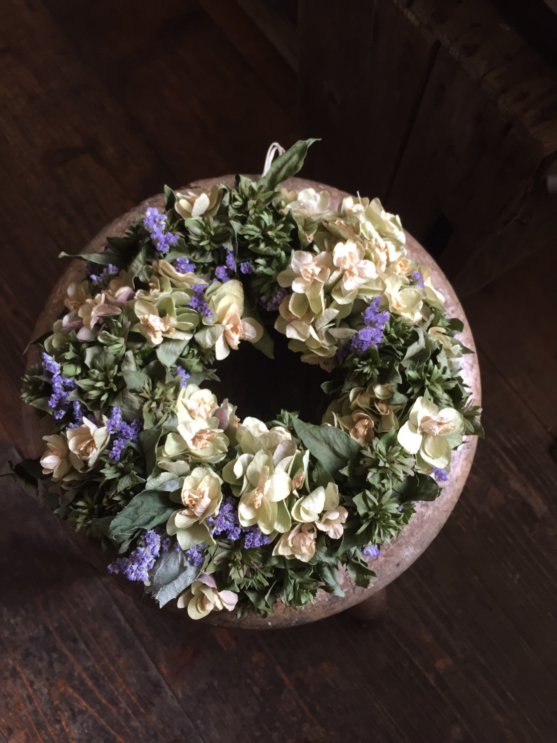 Dried green coloured flowers wreath A (グリーンカラーのドライリース A)