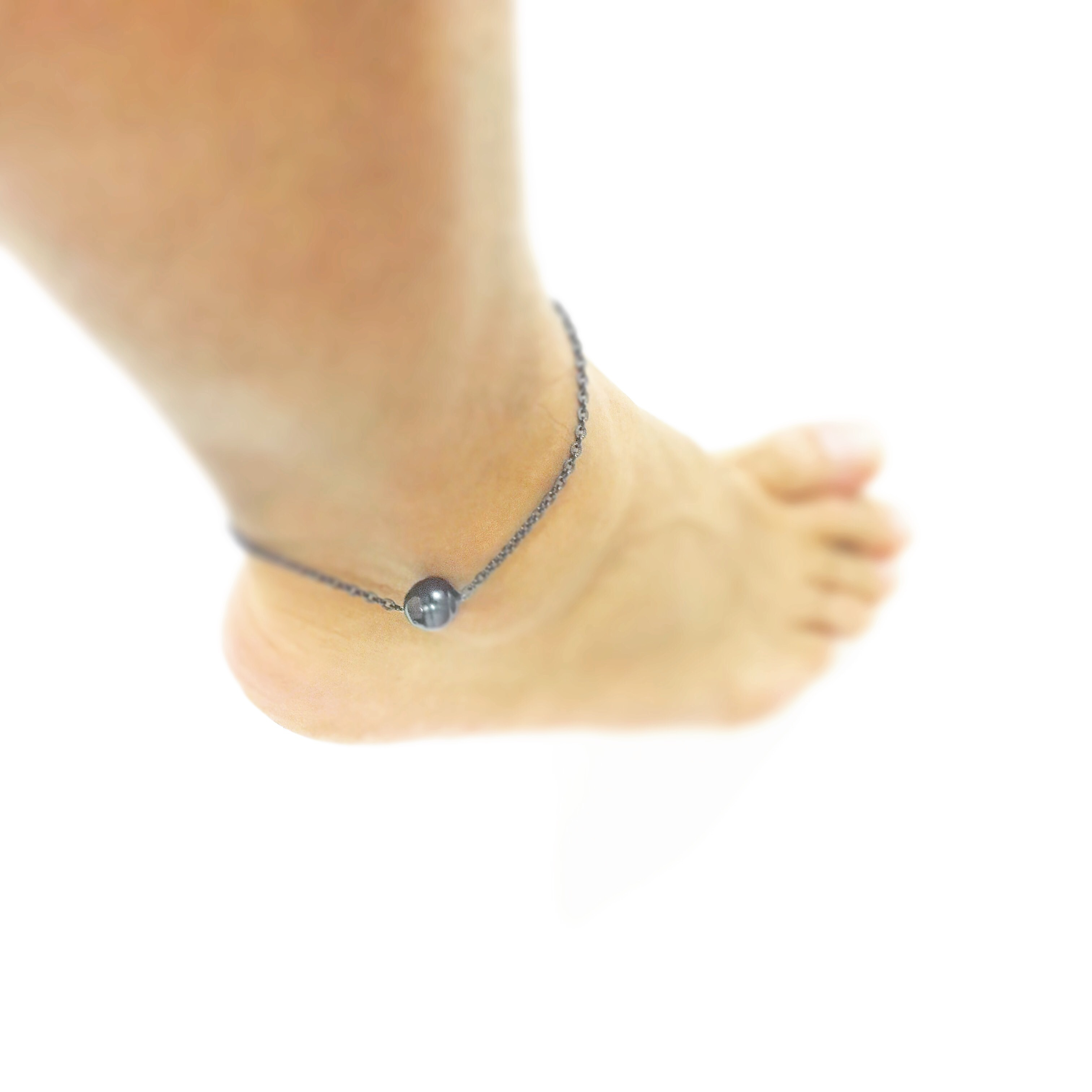 NEW UNO ANKLET